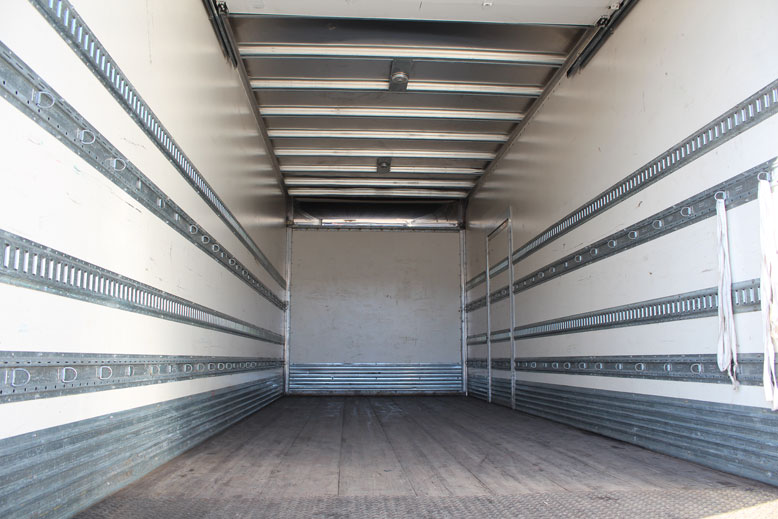 18ft • 20ft • 24ft Refrigerated Trucks | Monarch Truck